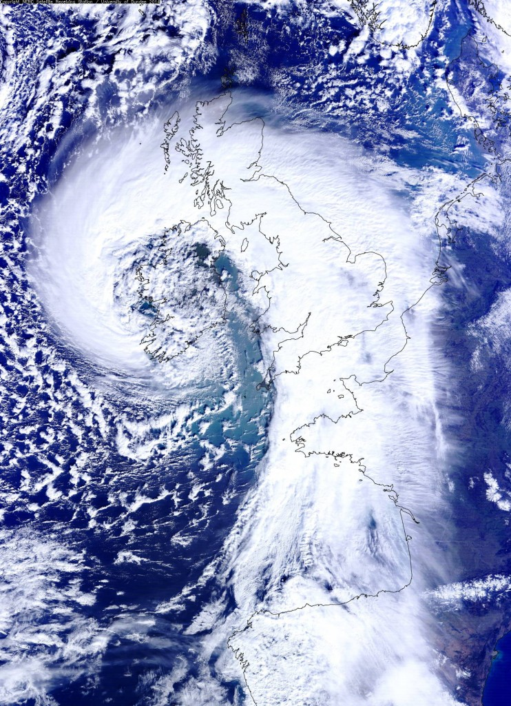 Meteosat Image from Dundee Univ. of the storm that brought 108 mph winds to the UK Wednesday.